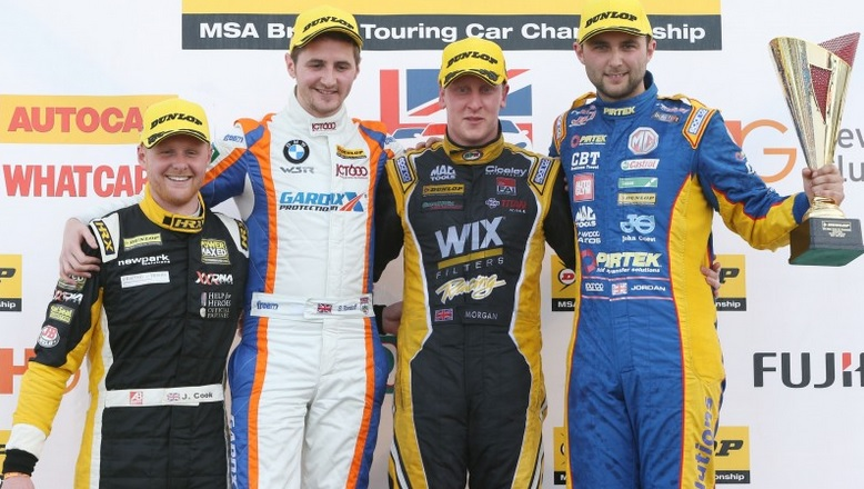 Cook (l) was rewarded with two further Jack Sears Trophy wins  - Photo: btcc.net