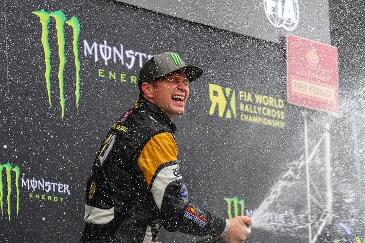 Petter Solberg celebrates his Hockenheim victory (Credit: FIA World Rallycross Championship)