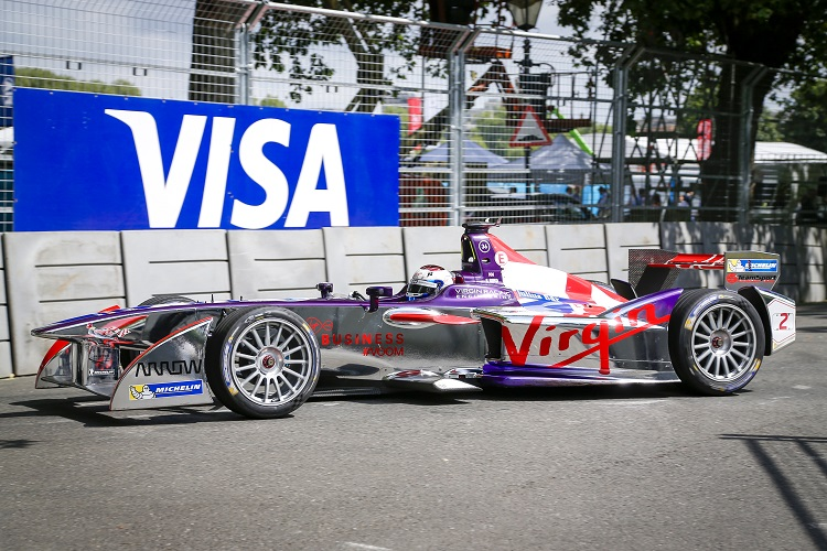Sam Bird finished the season with victory at Battersea Park (Credit: Sam Bloxham/LAT Photographic/Formula E)