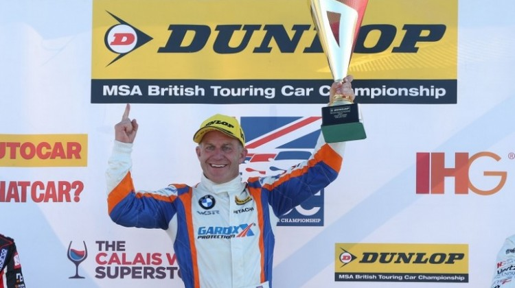 Rob Collard podium Croft 2015