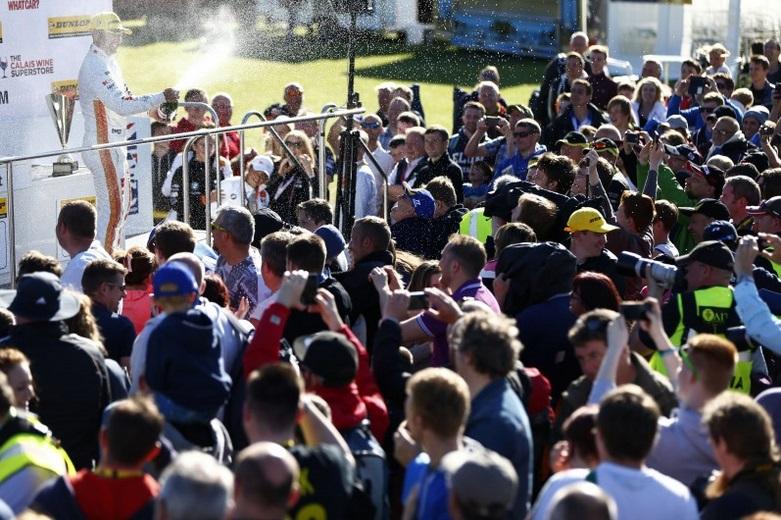 Croft witnessed record BTCC crowds in 2015 - Photo: btcc.net