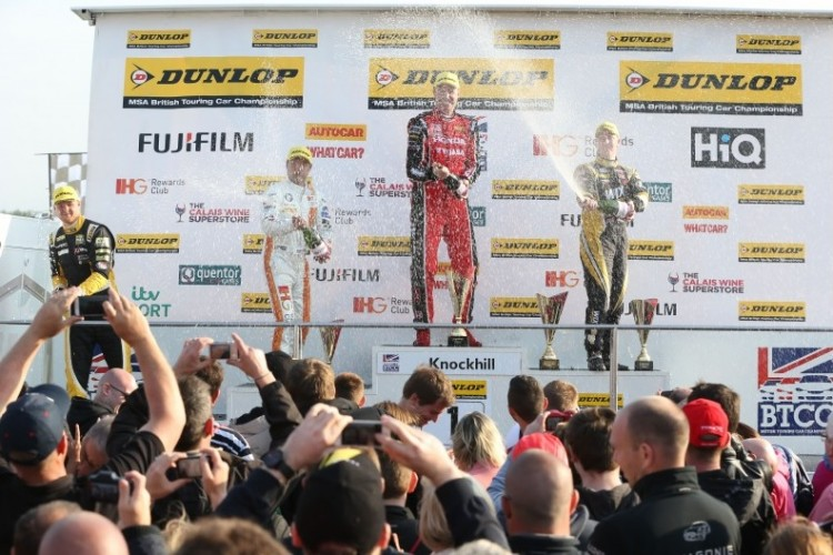 Win number three for  Neal (Photo: btcc.net)