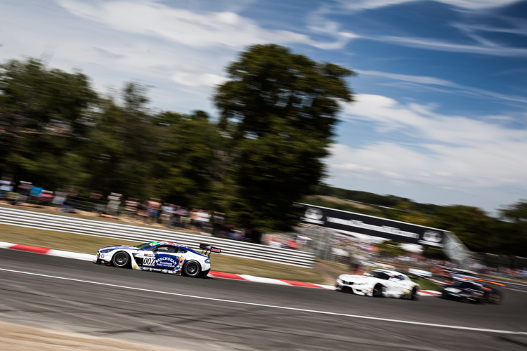 Andrew Howard led the race through his stint, but the #007 lost out in the pits (Credit: Tom Loomes Photography)