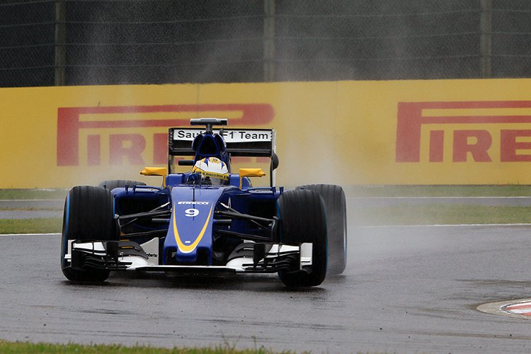 Sauber F1 Japan 2015 Octane Photographic