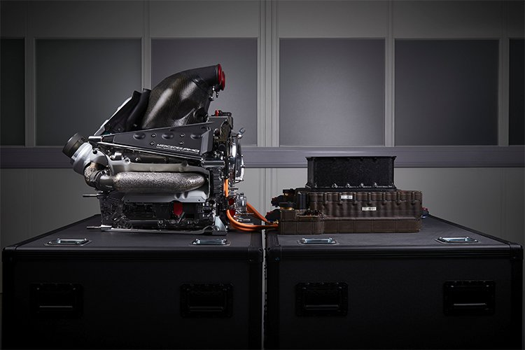 Mercedes-Engine