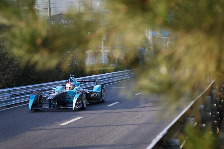 FIA Formula E Championship 2015/16. Beijing ePrix, Beijing, China. Shakedown / Practice Session. Nelson Piquet (BRA), NEXTEV TCR FormulaE 001. Beijing, China, Asia. Friday 23 October 2015 Photo: Adam Warner / LAT / FE ref: Digital Image _L5R0879