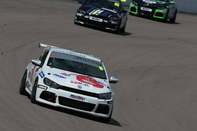 Aaron Mason had solid results at Rockingham to keep his title challenge going strong (Credit: VW Cup/Imagevaults)