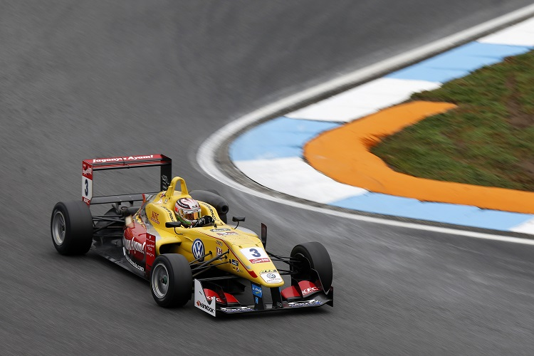 Antonio Giovinazzi secured second in the championship, winning six races (Credit: FIA Formula 3 European Championship)