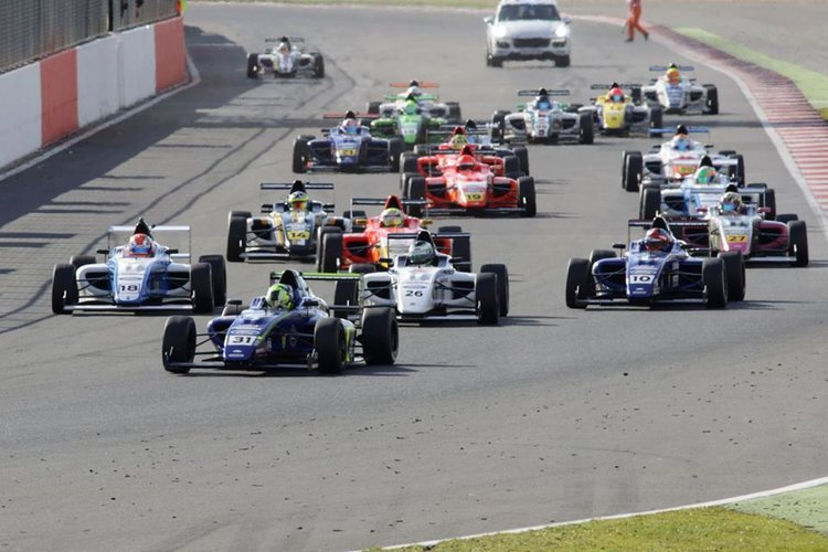 MSA Formula Silverstone Start 2015