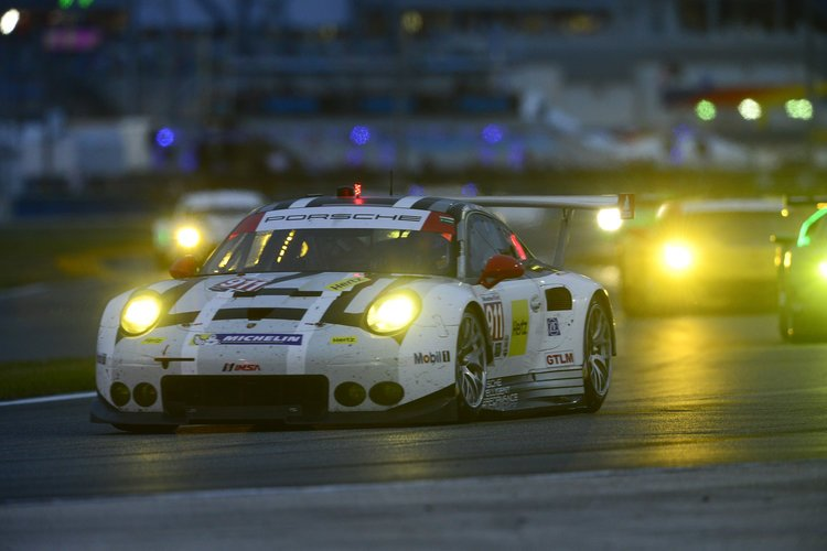 28-31  January, 2016, Daytona Beach, Florida USA 911, Porsche, 911 RSR, GTLM, Nick Tandy, Patrick Pilet, Kevin Estre ©2016, Richard Dole LAT Photo USA