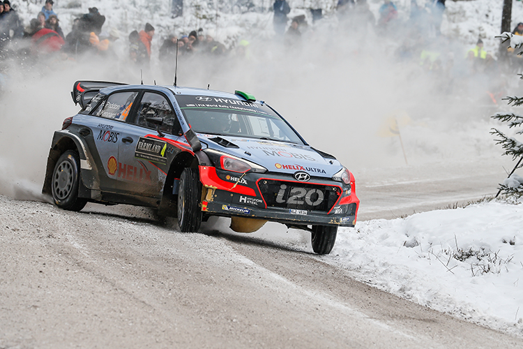 Hayden Paddon looks secure in second place heading into the final stage. (Credit: Hyundai Motorsport)