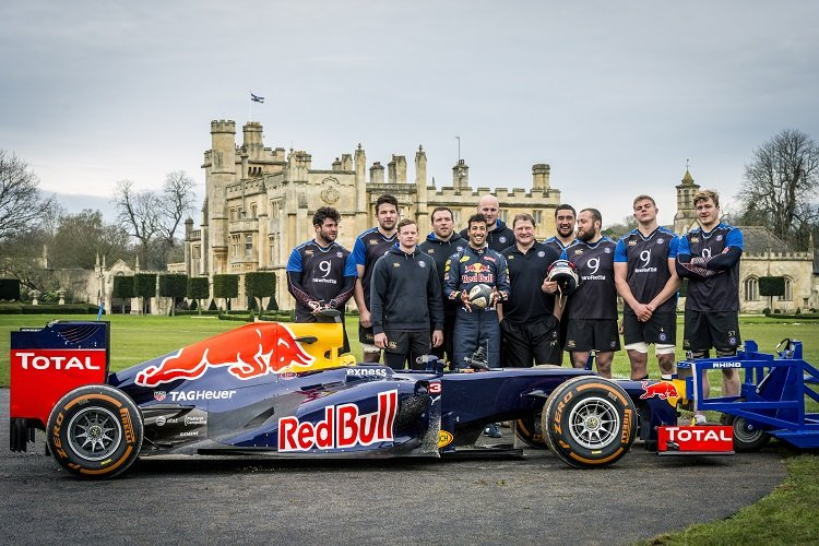 Daniel Ricciardo and Bath Rugby players pose for a group portrait after F1 Scrum shooting at Farleigh House, Bath, UK, on January 21, 2016
