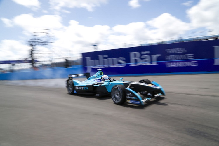 FIA Formula E Championship 2015/16. Julius Baer Punta Del Este ePrix, Punta Del Este, Uruguay. Practice Session 2. Nelson Piquet (BRA), NEXTEV TCR FormulaE 001  Punta Del Este, Uruguay, South America. Saturday 19 December 2015 Photo: Adam Warner / LAT/FE ref: Digital Image _L5R1245