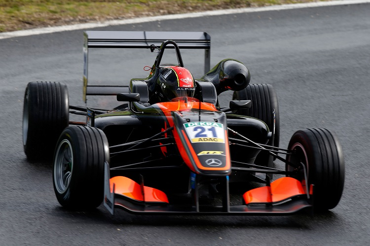 Racing Checkered Flag >> Five to watch in European Formula 3 in 2016 - The Checkered Flag
