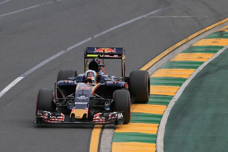 Carlos Sainz Jr got the better of Toro Rosso team-mate Max Verstappen for P9 (Credit: Octane Photographic Ltd)