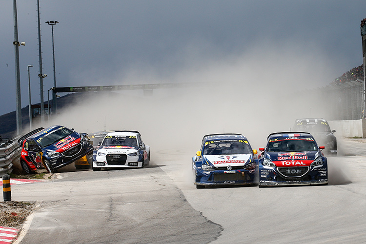 Hansen and Ekstrom collide in the semi-final - Credit: FIA World Rallycross Championship / IMG