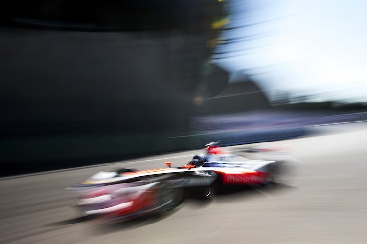 2015/2016 FIA Formula E Championship. Mexico City ePrix, Autodromo Hermanos Rodriguez, Mexico City, Mexico. Saturday 12 March 2016. Nick Heidfeld (GER), Mahindra Racing M2ELECTRO. Photo: Zak Mauger/LAT/Formula E ref: Digital Image _L0U7873