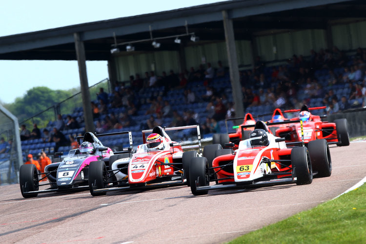 F4 British Championship Battle