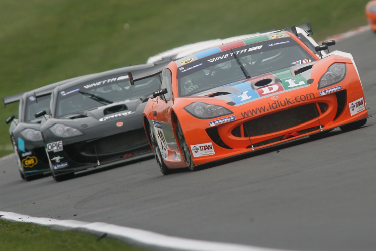 Race 1: Tom Sharp Wins The Opening Supercup Race, His First Of Six Straight Wins