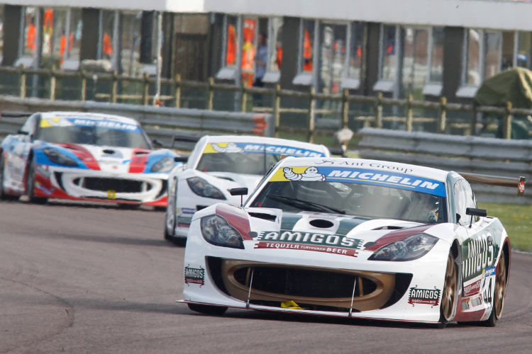 Race 117: Former British GT Champion Michael Caine Takes Victory At Thruxton