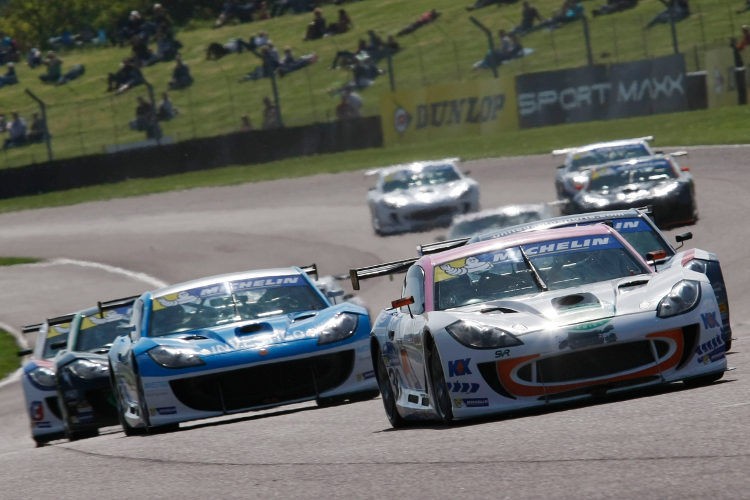 Race 89: David Pittard Makes His Name Known With Two From Two At Thruxton