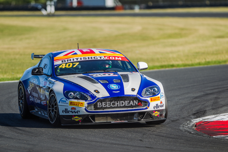 Beechdean stormed the GT4 class (Credit: Nick Smith/TheImageTeam.com)