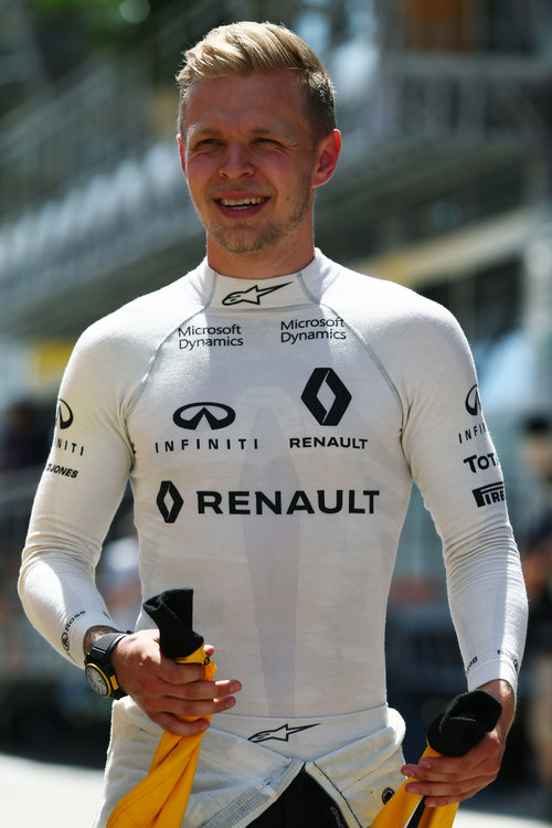 Kevin Magnussen (DEN) Renault Sport F1 Team. Spanish Grand Prix, Saturday 14th May 2016. Barcelona, Spain. Credit: Renault Sport F1