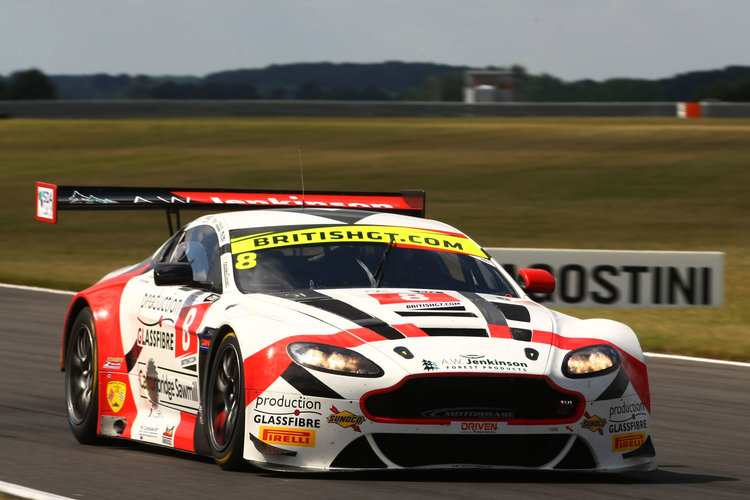 Motorbase Performance Aston at British GT round at Snetterton 2016 - Credit: Jakob Ebrey Photography