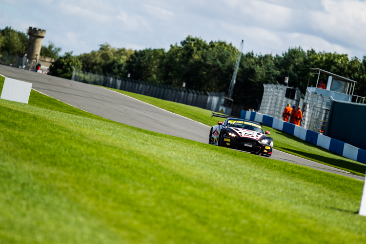 TF Sport managed their race perfectly to claim the GT3 title (Credit: Nick Smith/TheImageTeam.com)