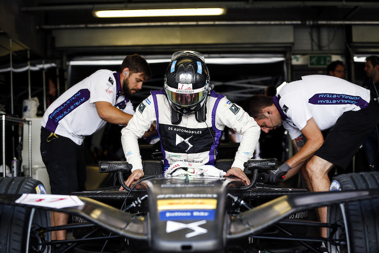 FIA Formula E Second Pre-Season Testing Event. Donington Park Racecourse, Derby, United Kingdom. Wednesday 7 September 2016. Photo: Adam Warner / LAT ref: Digital Image _14P4294