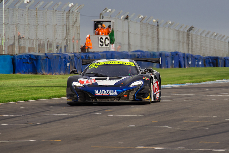 The Black Bull Ecurie Ecosse McLaren had a good turn of pace (Credit: Craig Robertson/Racephotohraphy.net)