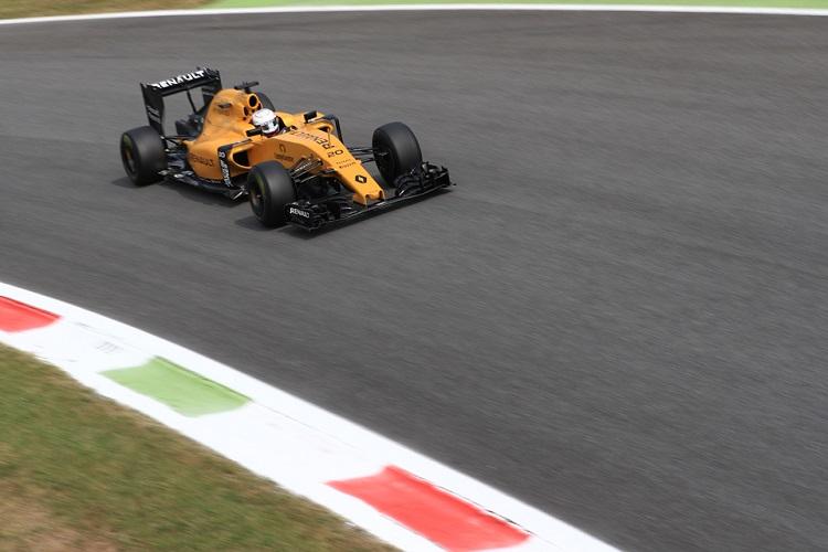 Hostile reception in Monza won't change Verstappen's tactics