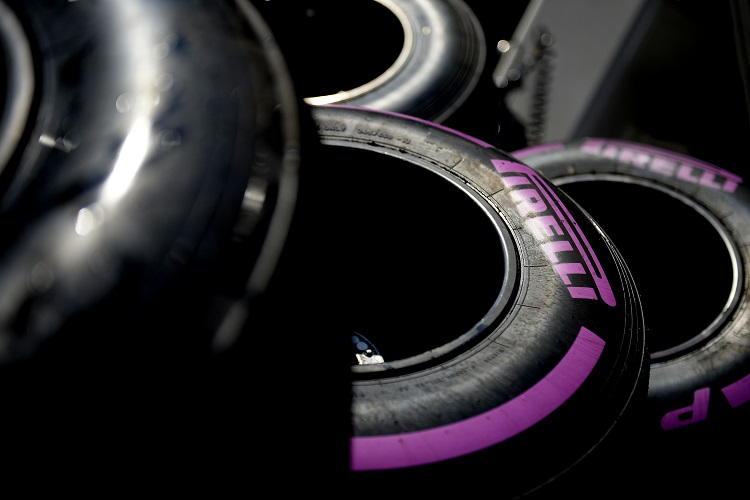 Ultrasoft tyres make their first appearance in Singapore this weekend - Credit: Pirelli & C. S.p.A