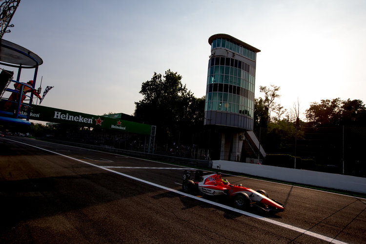 2016 GP3 Series Round 7.  Autodromo Nazionale di Monza, Monza, Italy. Saturday 3 September 2016. Jake Dennis (GBR, Arden International) takes the chequered flag to win the race. Photo: Zak Mauger/GP3 Series Media Service. ref: Digital Image _L0U5200