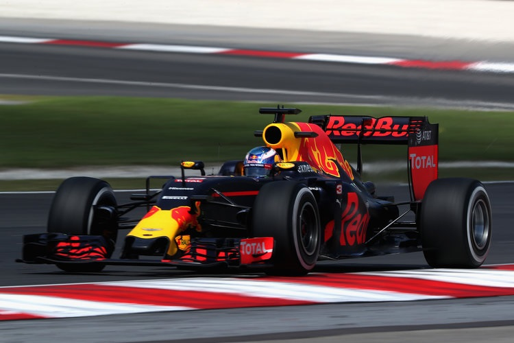 Daniel Ricciardo - Credit: Mark Thompson/Getty Images