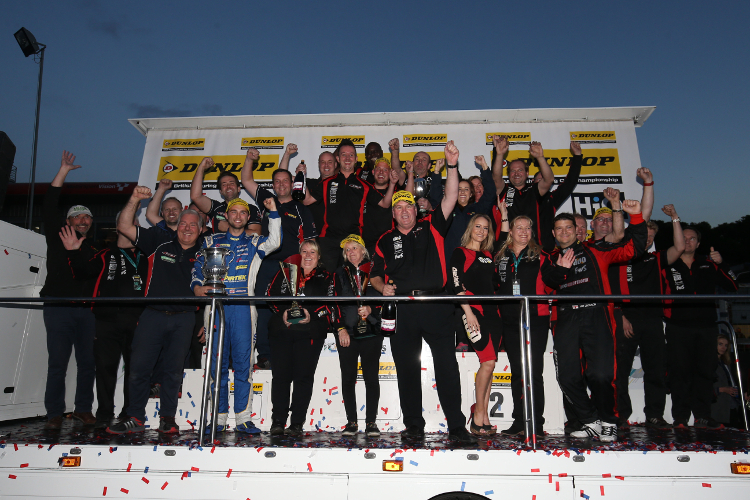 Motorbase Performance – 2016 Dunlop MSA British Touring Car Championship Independents Teams' Champions
