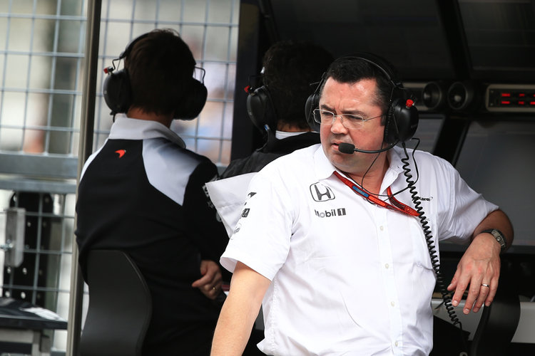 World © Octane Photographic Ltd. McLaren Honda MP4-31 – Eric Boullier. Saturday 8th October 2016, F1 Japanese GP - Practice 3, Suzuka Circuit, Suzuka, Japan. Digital Ref : 1732LB2D3063