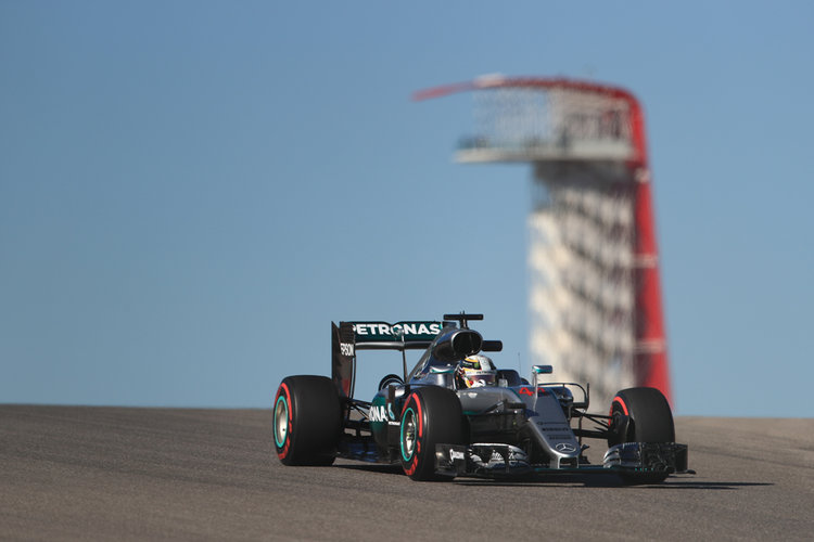 Lewis Hamilton takes 50th win at United States GP