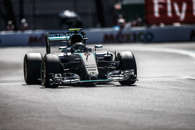 Hamilton Wins Mexican Grand Prix; Closes Gap On Rosberg By 19 Points