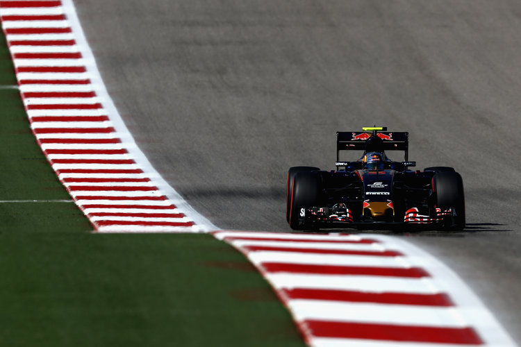 AUSTIN, TX - OCTOBER 22: Carlos Sainz of Spain driving the (55) Scuderia Toro Rosso STR11 Ferrari 060/5 turbo on track during qualifying for the United States Formula One Grand Prix at Circuit of The Americas on October 22, 2016 in Austin, United States.  (Photo by Lars Baron/Getty Images). Credit: Red Bull Content Pool
