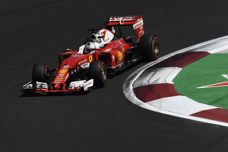 Ricciardo: Hamilton and Vettel should be penalised