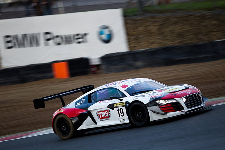 Second place for the Audi of Moore and Hanson tied them on points with Century Motorsport. The Audi won the title on countback. (Credit: Nick Smith/TheImageTeam.com)