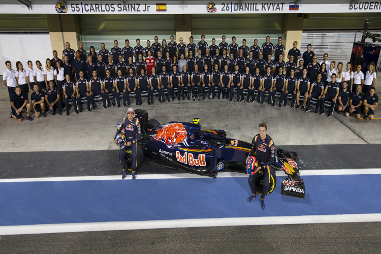 Scuderia Toro Rosso Team (Photo by Peter Fox/Getty Images)