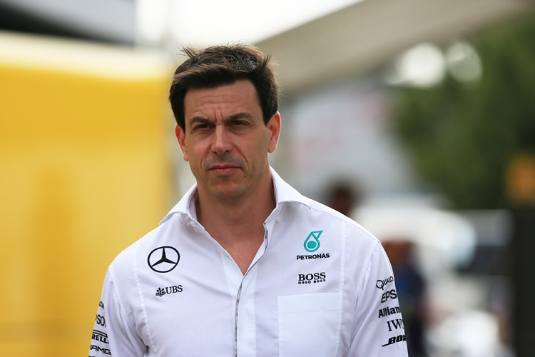 Racing Checkered Flag >> Mercedes and Red Bull at odds over Wolff-Verstappen phone call - The Checkered Flag