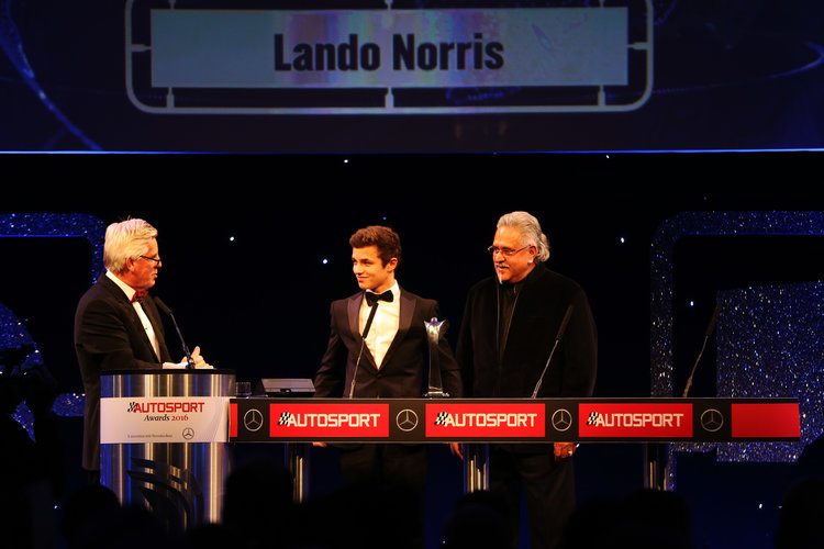 2016 Autosport Awards. Grosvenor House Hotel, Park Lane, London. Sunday 4 December 2016.  Lando Norris is presented with the British Club Driver of the Year trophy by Vijay Mallya  World Copyright: /LAT Photographic. ref: Digital Image JL1_9140