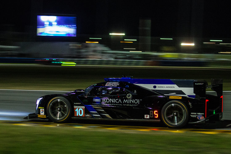 2017 rolex at daytona hour 12 cadillac leads as porsche fight ford imsa the checkered flag. Black Bedroom Furniture Sets. Home Design Ideas