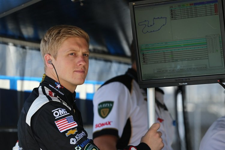 Pigot back with Ed Carpenter Racing for 2017
