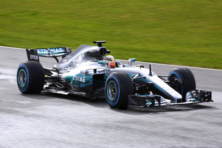 Twitter reacts to Lewis Hamilton's new Mercedes GP 'beautiful' vehicle
