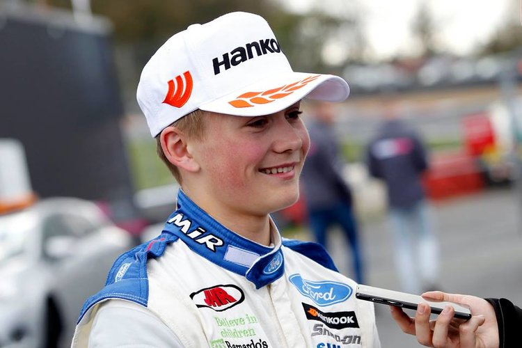 Billy Monger Air Lifted to Hospital After Crash with Pasma - F4 British Championship - The ...