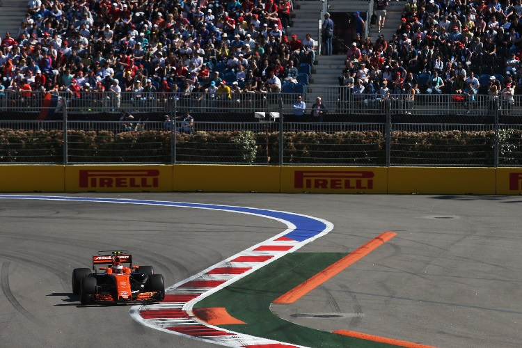 Alonso says McLaren losing three seconds on Russia's straights